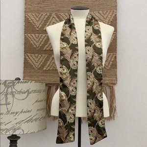 "@61"" long Women's floral scarf 🧣 vintage pretty"